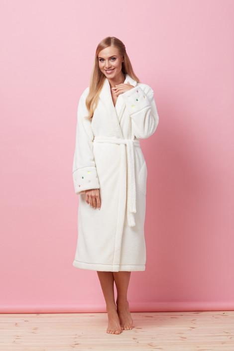 Довгий жіночий халат з поясом у білому кольорі L&L 7110 BRBR