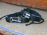 Кожаные браслеты для двоих КЛЮЧИК-ЗАМОЧЕК, ручная работа. Цена указана за пару.