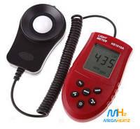 Цифровой люксметр измеритель освещенности фотометр HS1010A