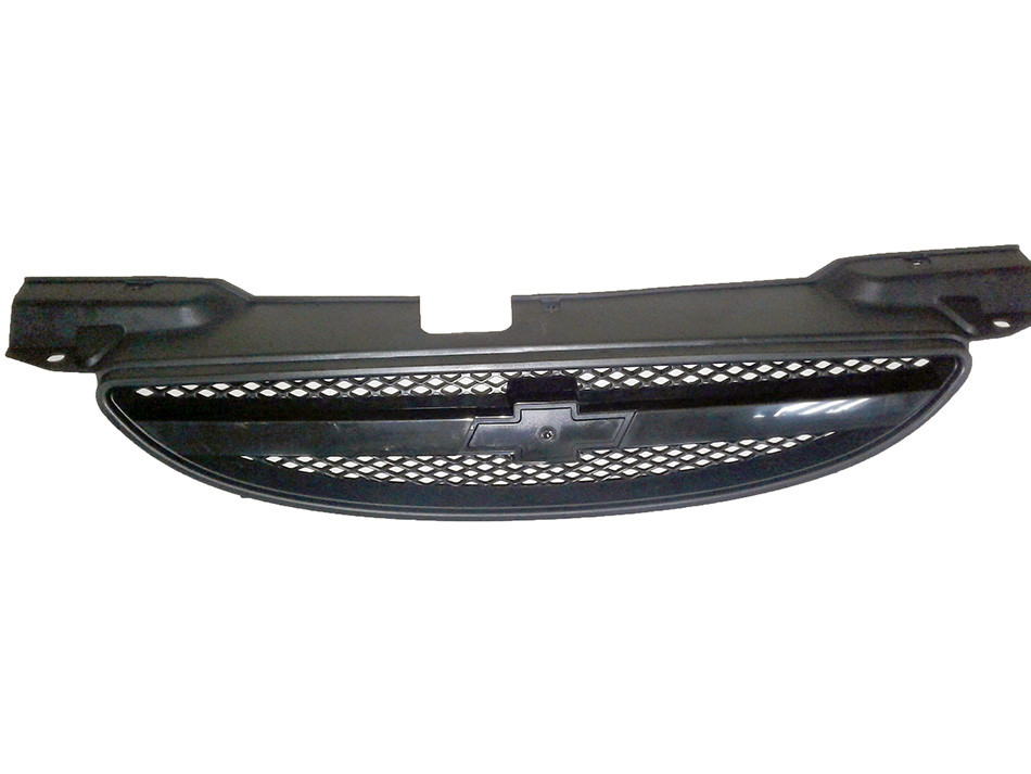 Решетка радиатора Aveo / Авео 1 Т200 04-06 черная, 0160105992C