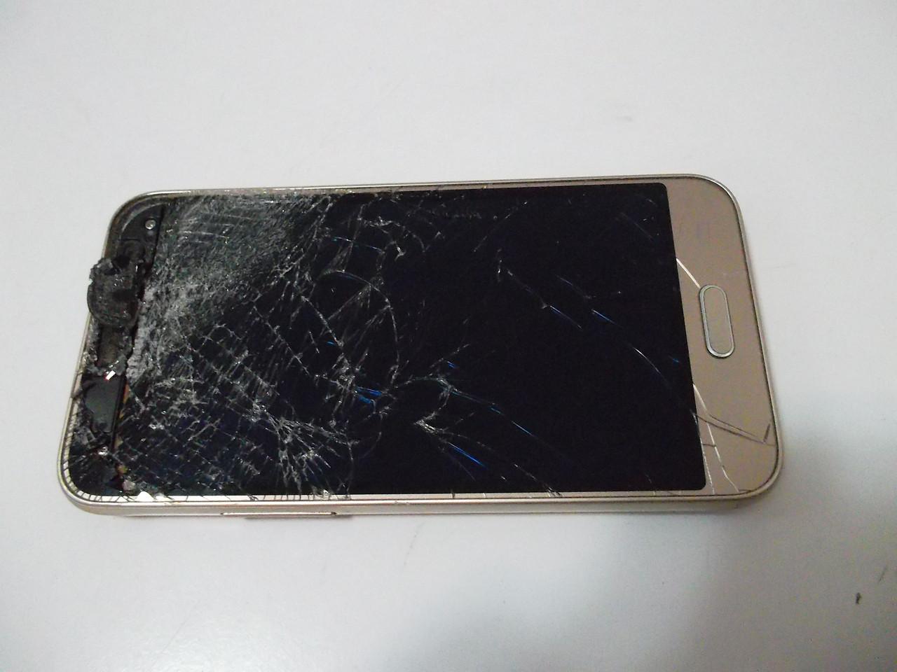 Мобильный телефон Samsung j120 №3779
