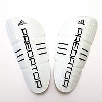 Щитки футбольные Adidas Predator детские (белые)