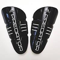 Щитки футбольные Adidas Predator детские (черные)