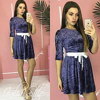 Платье из мраморного велюра и расклешенной юбкой 05511