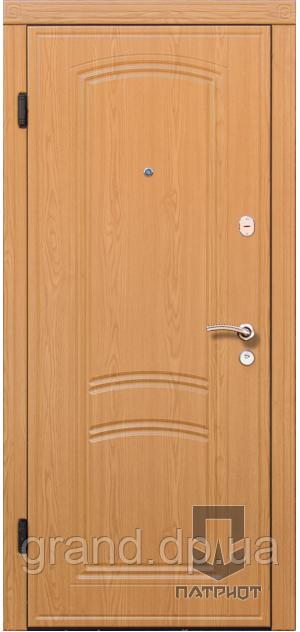 """Входные двери Патриот LS модель """"Капри"""""""