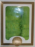 Набор полотенец (банное и лицевое)
