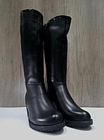Зимние сапожки  женские МИДА 24672 черные, кожаные на маленьком каблуке.