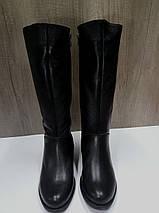 Зимние женские сапоги МИДА 24601 черные кожаные на маленьком каблуке на широкую голень., фото 2