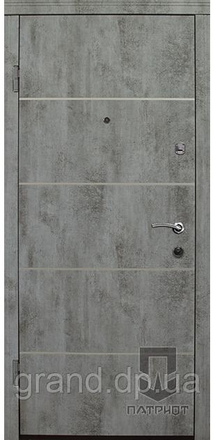 """Входные двухстворчатые двери Патриот MS модель """"Соло"""""""