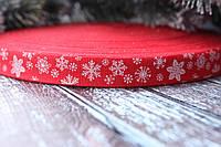 Лента хлопковая 1.5 см Снежинки на красном фоне, фото 1