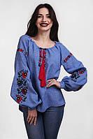 Модная женская вышиванка с мальвами на рукавах джинсового цвета
