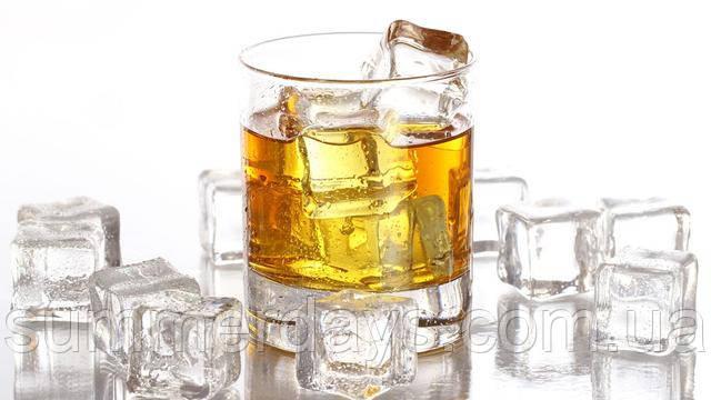 бокал виски к молекуле