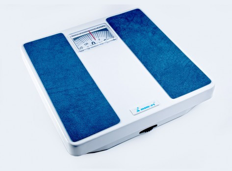 Весы напольные механические Момерт (Momert 7710), красный цвет, до 125 кг, Венгрия