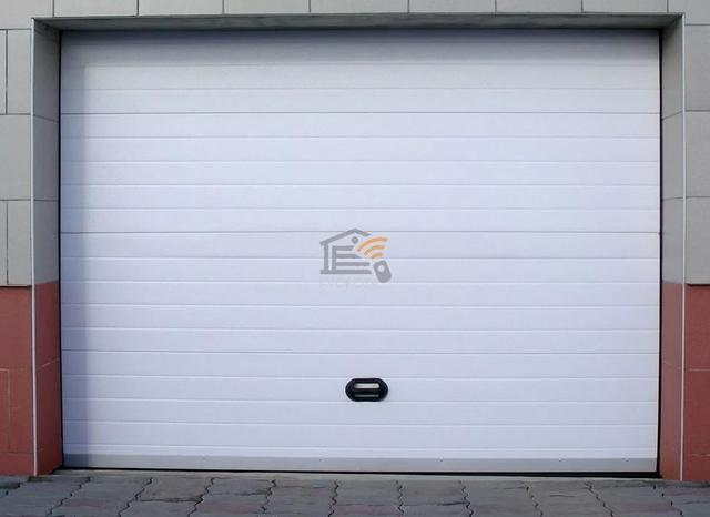 утепление гаражных ворот видео