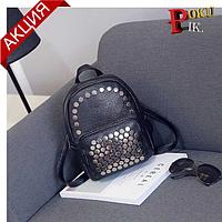Рюкзак женский Nevenka кожаный маленький с заклепками  (черный), фото 1