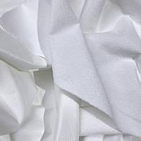 Непромокаемая мембранная,махровая ткань, белого цвета.