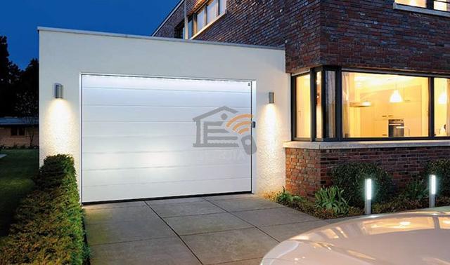 белые гаражные ворота