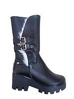 Кожаные женские черные зимние стильные комфортные сапоги на платформе трактор 40