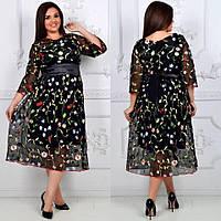 Эксклюзивное платье с вышивкой Батал