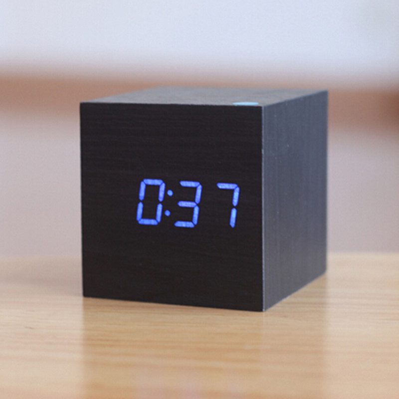 Електронні цифрові настільні годинники дерево VST 1293 підсвічування Blue