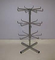 Металлическая серая вертушка с крючками 3 яруса на ножках для бижутерии и брелков