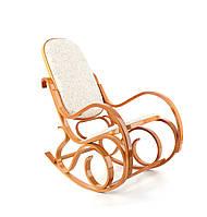 Кресло качалка, светлое дерево, светлая оббивка
