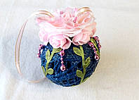 Новогодний шар синий с розовыми розами розами, d-11 cm/ h-12 cm