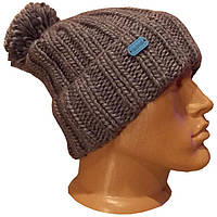 Мужская вязаная шапка  объемной ручной вязки с помпоном