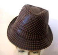 Шляпа стиляги коричневая клетка