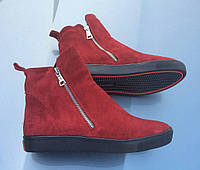 Женские зимнее ботинки с замками