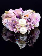 Красивая резинка для волос с цветами и бусинами - жемчужинами