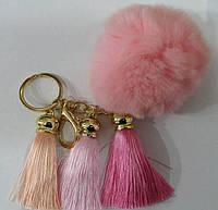 Розовые брелоки балабоны на сумки- меховые брелоки оптом в Украине (13 см) 256