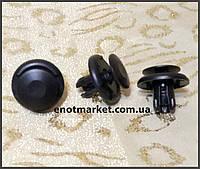 Крепление решётки радиатора нажимное универсальное много моделей Mitsubishi. ОЕМ: 91512SX0003