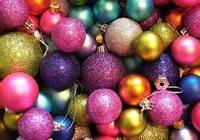 Новогодние шары пластиковые