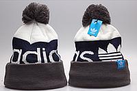 Мужская шапка Adidas с помпоном