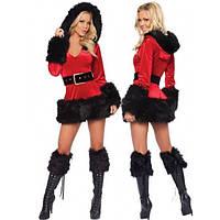 Бархатный костюм рождественской тематики