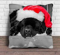 """Декоративная подушка с собакой """"Новогодний черный пес"""""""