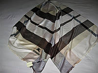 Палантин Burberryкашемир 65% шерсть 35% унисекс можно приобрести на выставках в доме одежды Киев