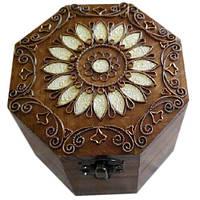 Шкатулка деревянная  восьмигранная с металлическим декором ручная работа. Диаметр 11 см ТМ Дерево, 172037