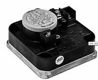 Дифференциальный датчик-реле давления для воздуха, дымовых и отработавших газов Dungs LGW...A1