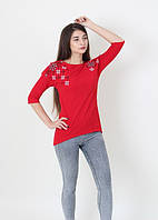 Модная красная туника рукав реглан плечи декорированы вышивкой крестиком