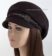Женская кепка из шерсти