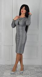 Платье женское приталенного силуэта по фигуре
