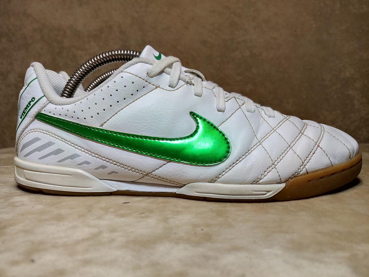 23c14a74 Кроссовки для зала Nike Tiempo футзалки. Индонезия. Оригинал. 38 р./ 24