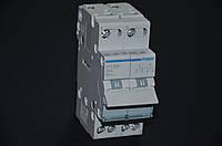 Переключатель I-0-II с общим выходом сверху, 2-пол., 25А / 230В Хагер SFT225