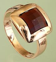 Золотий перстень з гранатом