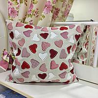 Декоративная подушка 45х45 Сердечки красные: съемная наволочка, наполнитель холлофайбер