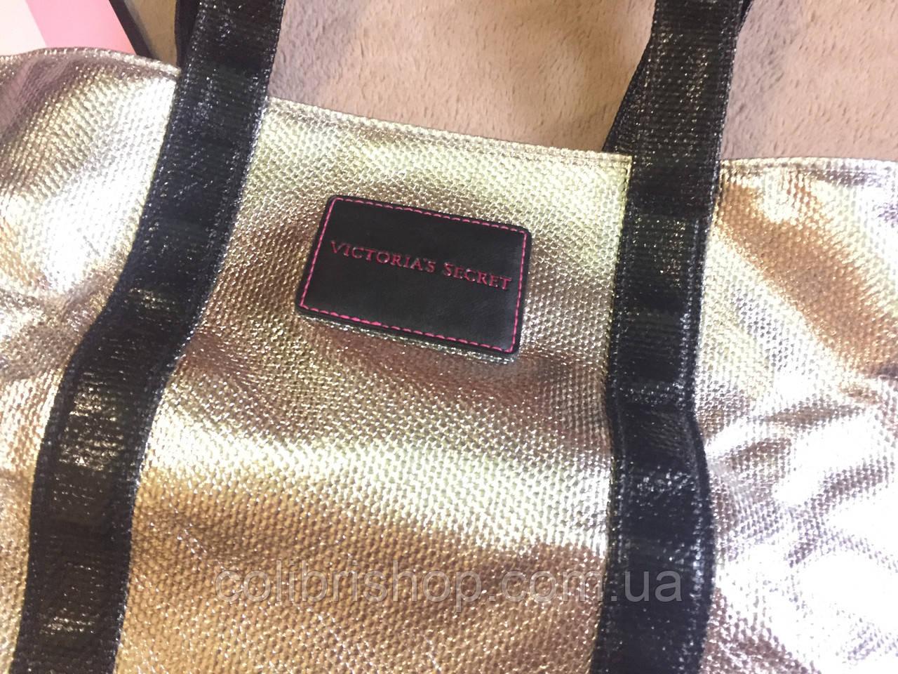 59cdac067b015 ... Стильная дорожная сумка от Виктории Сикрет Victoria's Secret металик,  ...