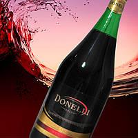 Вино красное полусладкое Donelli Frizzantino Dolce 7,5% 1,5л
