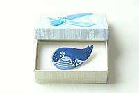 Брошь керамическая авторский дизайн ручная роспись кит малыш